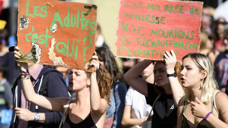 Rund 100'000 Personen waren vor einer Woche in Bern an der Klimademo. Davon profitieren vor allem die Parteien mit dem «grün» im Namen: Grüne und GLP.