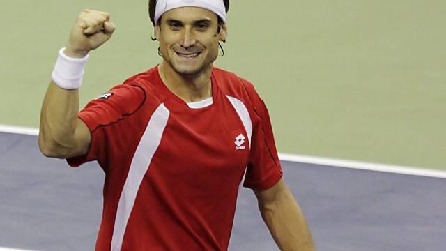 David Ferrer freut sich über seinen Sieg gegen Andy Roddick.