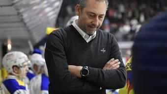 Cheftrainer André Rötheli kassiert mit Kloten im fünften Swiss-League-Spiel die zweite Niederlage