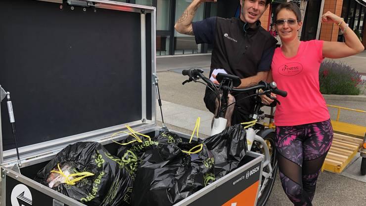 Tobias Vega von Collectors Olten sorgt für den Abtransport des eingesammelten Mülls