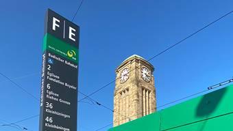 Auch am Badischen Bahnhof sollte die Situation dank der neuen beschriftung übersichtlicher werden.