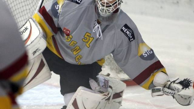 Der Genfer Goalie Tobias Stephan