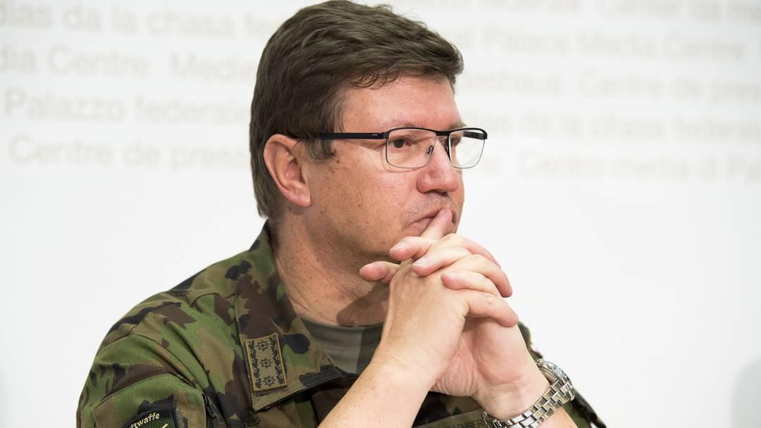 Helikopter-Absturz: Luftwaffen-Kommandant nimmt Stellung