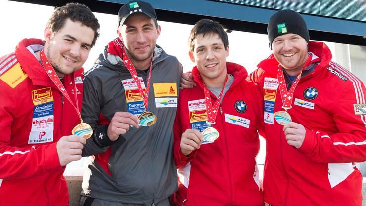 Rico Peter (2. v.l.): «Auch an der WM in Winterberg wollen wir um die Medaillen mitkämpfen.»
