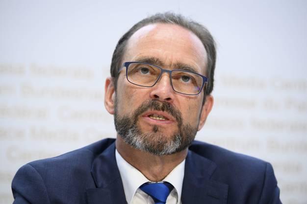 BAG-Direktor Pascal Strupler nimmt die Kantone in die Pflicht.