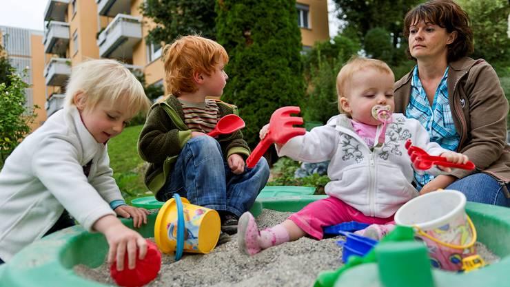 Seit Anfang Jahr wird in Geroldswil die Tagesfamilienbetreuung professionalisiert und subventioniert. (Symbolbild)