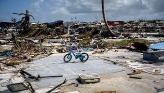 Letztes Jahr richtete der Stärke-5-Hurrikan Dorian verheerende Schäden auf den Bahamas an. Dieses Jahr könnte das wieder passieren, denn rein mengenmässig gab es bis jetzt eine Rekordmenge an Hurrikans, Experten führen die Häufung auf den Klimawandel zurück (Archivbild)