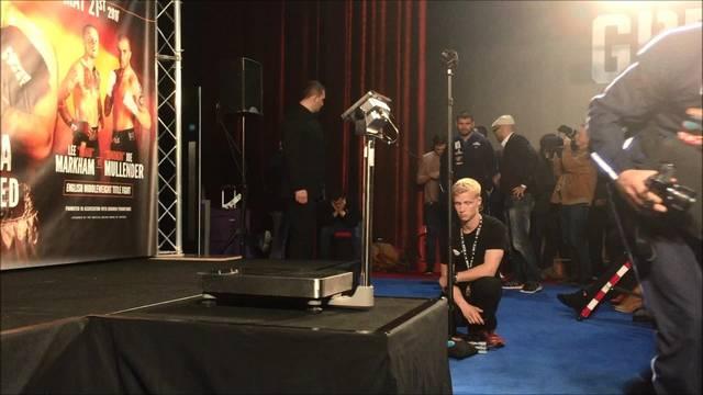 Arnold Gjergjaj trifft David Haye beim Wiegen