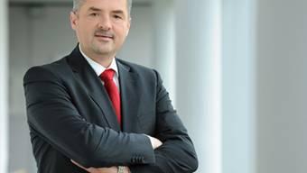 Der ehemalige Siemens-Manager Roland Fischer übernimmt die Konzernleitung des Industriekonzerns OC Oerlikon. Der bisherige Chef, Brice Koch, tritt per sofort zurück. (Bild: Siemens)