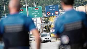 Der Grossteil der 67000 italienischen Grenzgänger arbeitet im Tessin