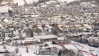 In Kitzbühel selbst wird ab Freitag und der Teufel los sein, auch in den Hotels.