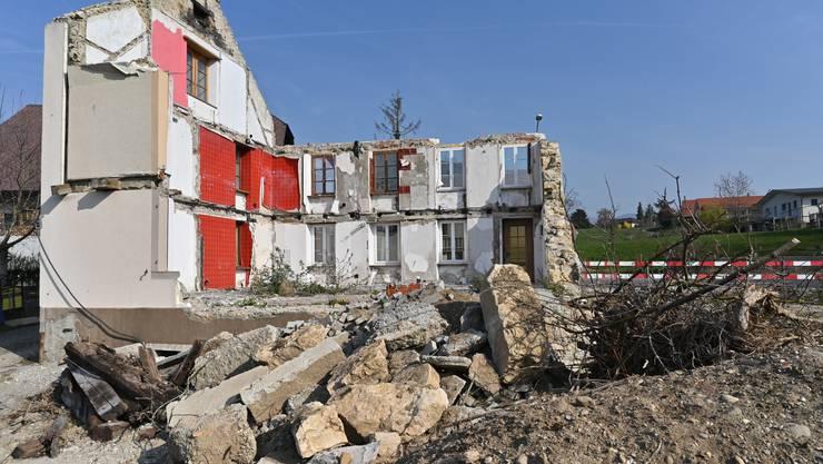 Einzelne Mauern stehen noch. Vom ehemaligen Bauernhaus in Obergösgen ist sonst aber nichts mehr übrig.