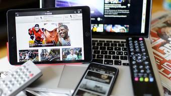 Inzwischen informieren sich 41 Prozent der Bevölkerung primär auf Newsseiten von Medienanbietern oder über soziale Medien.