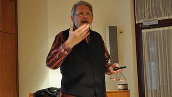 Josef Estermann plädiert dafür, dass die Städte verstärkt auf erneuerbare Energien setzten.