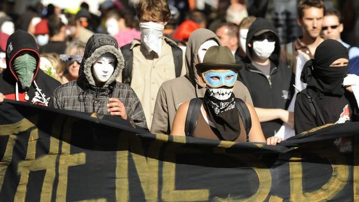 Demonstration gegen das Vermummungsverot (Archiv)