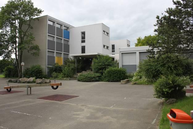 Allfälliger Kandidat für späteren Abriss Schulhaus Eichholz Ost in Grenchen