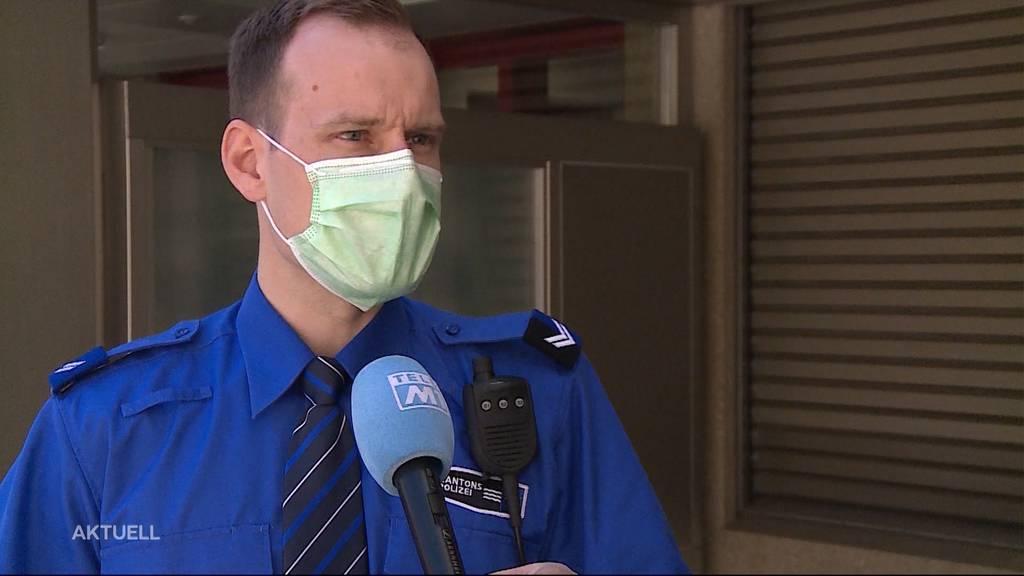 Promille-Fahrt in Würenlingen: Betrunkener prallt in Verkehrsschild und Pfosten
