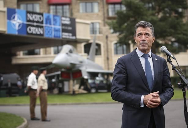 NATO-Generalsekretär Anders Fogh Rasmussen vor dem Celtic Manor Hotel in Newport, Wales, wo der NATO-Gipfel stattfindet.