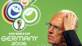 Glückskind, Popstar, Fussball-Kaiser: Doch nun, mit 70, scheint sich das Glück von Franz Beckenbauer abzuwenden.