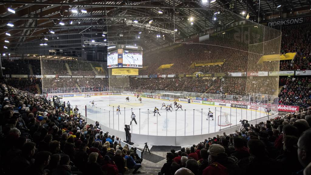 Kommission des Nationalrats will Fussball- und Eishockeyligenunter die Arme greifen
