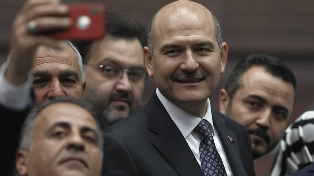 Erdogan lehnt Rücktrittsgesuch des Innenministers ab
