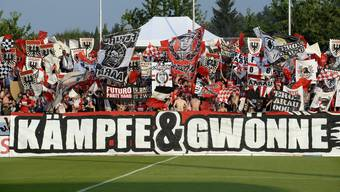 Die Aarau-Fans geben die Marschrichtung für das Sion-Spiel vor