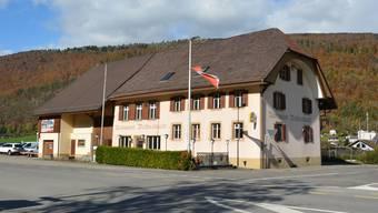 Das ehemalige Restaurant Wolfsschlucht am südlichen Dorfeingang von Herbetswil soll schon bald abgerissen werden.