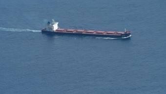 Ein im Jahr 2009 vor Somalia von Piraten gekaperter Frachter. (Archivbild)