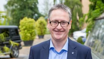 Aargauer Pendler sind dem Stadtpräsident von Dietikon, Roger Bachmann, ein Dorn im Auge. Mit dieser öffentlichen Aussage löste der SVP-Politiker eine kantonsübergreifende Debatte aus.