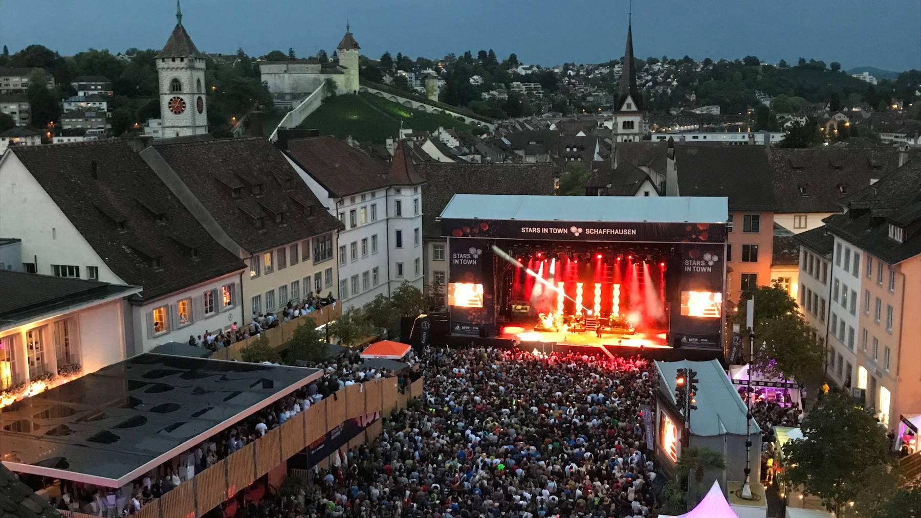 Viel gute Musik vor wunderbarer Kulisse, das ist das Stars in Town in Schaffhausen