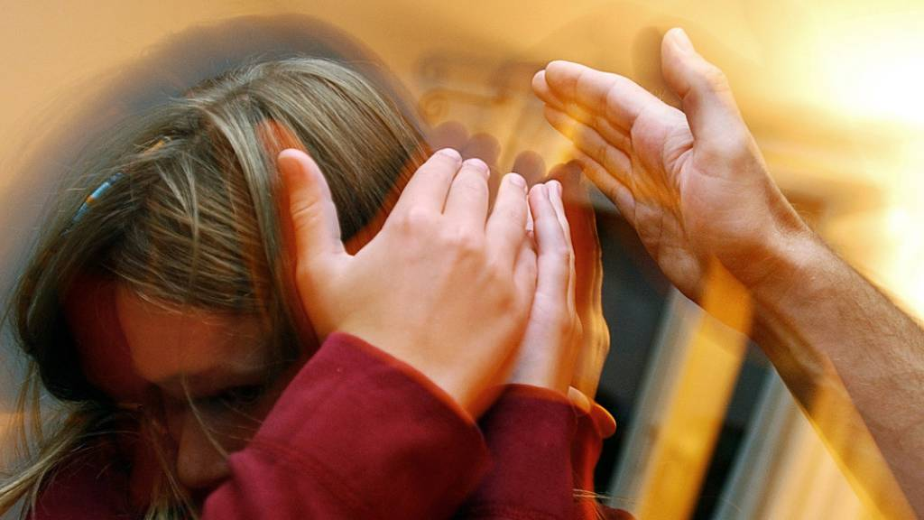 Laut Kinderschutz Schweiz wird jedes zwanzigste Kind zu Hause regelmässig körperlich bestraft. (Symbolbild)