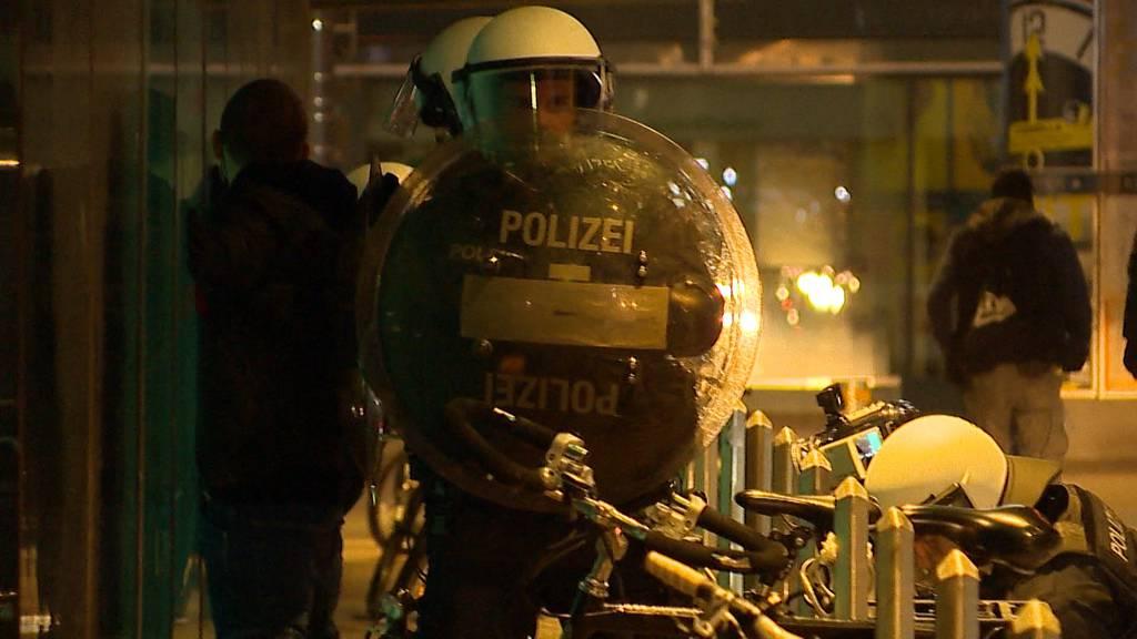 St. Gallen: Jugendliche attackieren Polizei - 19 Personen auf den Polizeiposten