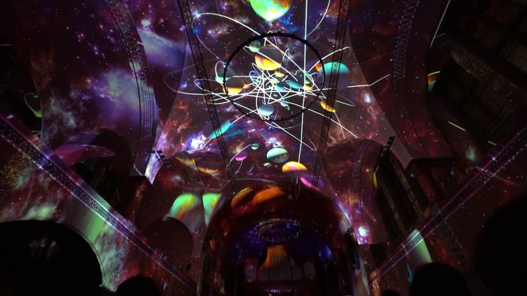 «Genesis II»: Lichtspektakel begeistert Kirchengänger