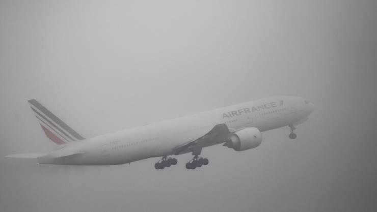 Frankreich nimmt auf einem Heimflug aus China erneut fünf Schweizer und zwei Angehörige mit nach Europa. (Symbolbild)
