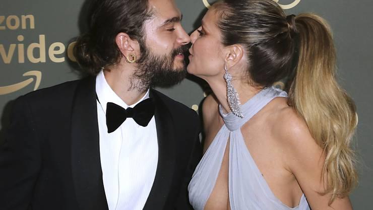 Tom Kaulitz und Heidi Klum zelebrieren ihre Liebe: Die Chemie zwischen ihnen habe ab dem ersten Moment gestimmt, sagt der Musiker. (Archivbild)