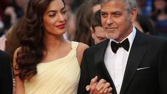 Gemunkelt wurde schon eine Weile, nun bestätigte ein Freund der Familie, Amal und George Clooney würden Eltern - und zwar gleich im Doppelpack. (Archivbild)