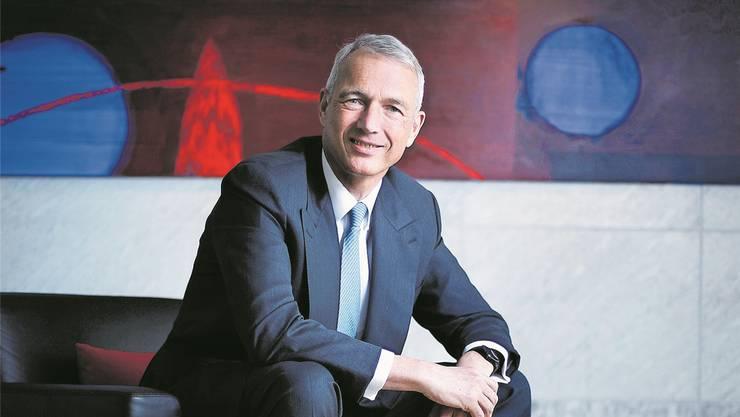 Schweiz-Chef Axel Lehmann in der UBS-Geschäftsstelle in Zug. Stefan Kaiser
