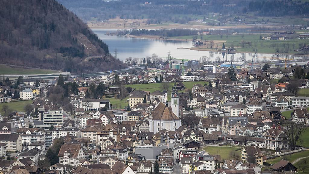 Bezirk Schwyz rechnet auch 2022 mit roten Zahlen