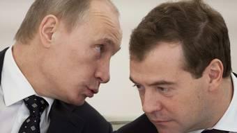Meistens ein Herz und eine Seele: Putin (l) und Medwedew (Archiv)