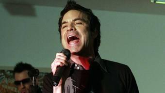 Sänger Pat begeistert mit seiner eindringlichen Stimme, auch ohne Mikrofon
