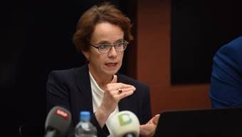 Eva Herzog stellte am Dienstag den Hinterzimmer-Deal vor.