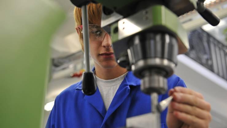 Anspruchsvolle Polymechaniker-Berufslehrstellen bleiben mangels «Qualität» der Bewerber offen.