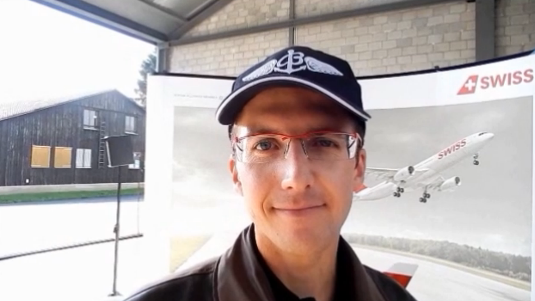 Taufpate Simon Ammann zur Airbus A320-Taufe
