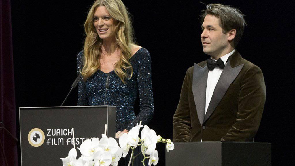 Das ZFF ist noch grösser geworden: Die Ko-Direktoren Nadja Schildknecht und Karl Spoerri bedankten sich an der Award Night für ein erfolgreiches 11. Zurich Film Festival.