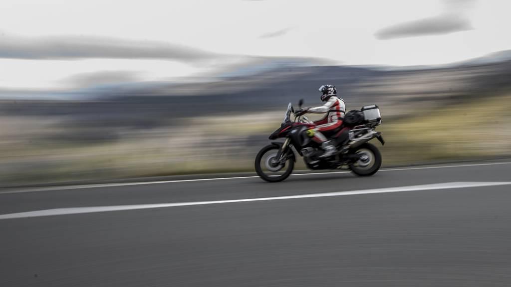 27-jähriger Motorradfahrer verunfallt tödlich