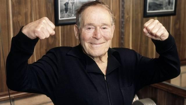 Jack LaLanne motivierte bereits in den 50er Jahren die Amerikaner fürs Fitnesstraining (Archiv)