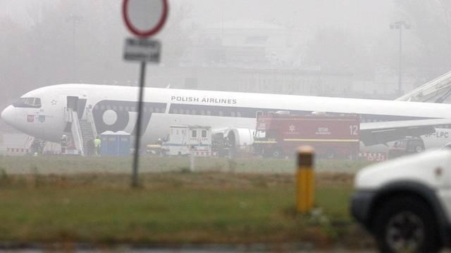 Glück gehabt: Das Flugzeug landete ohne Fahrwerk