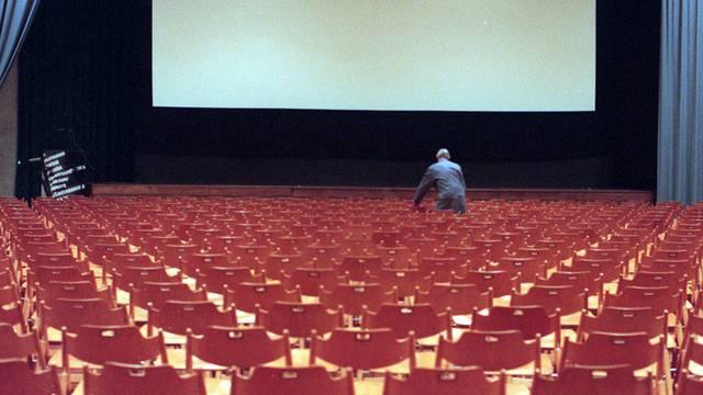 Blick auf eine Kinoleinwand (Symbolbild)