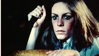 """US-Schauspielerin Jamie Lee Curtis in einer Szene aus """"Halloween"""". 2018 wird sie - 40 Jahre später - in einer Fortsetzung des Horrorklassikers zu sehen sein. (Archivbild)"""