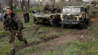 Bei  Kramatorsk blockierte ukrainische Militärkolonne